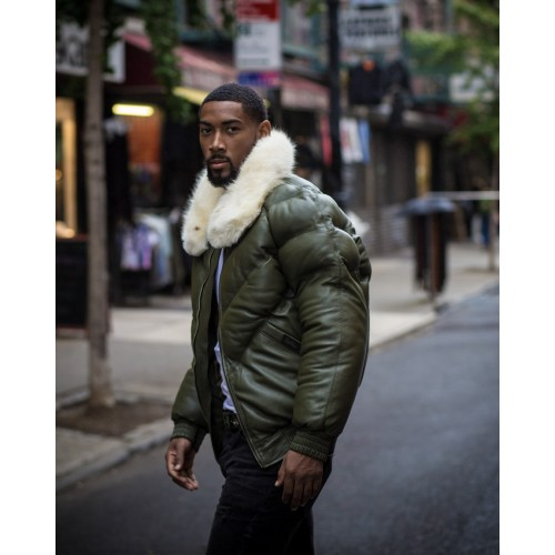 V-BOMBER OLIVE GREEN WITH OFF WHITE FUR