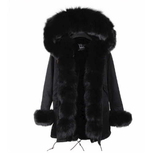 BLACK PARKA WITH BLACK COLOR FUR