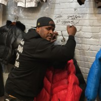 D-BLOCK SHEEK WALL SIGNING
